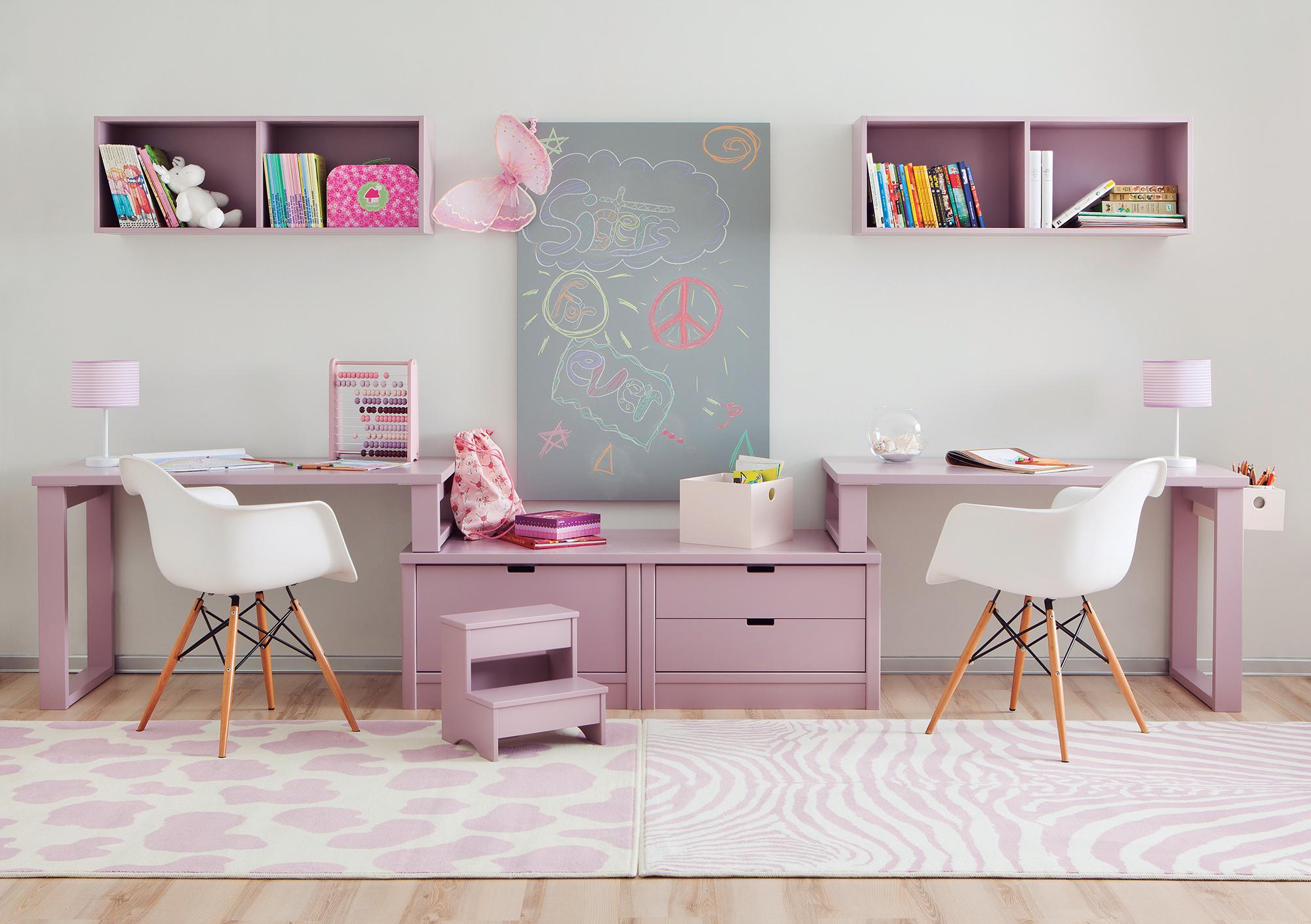 Comment intégrer un bureau double dans la chambre enfant