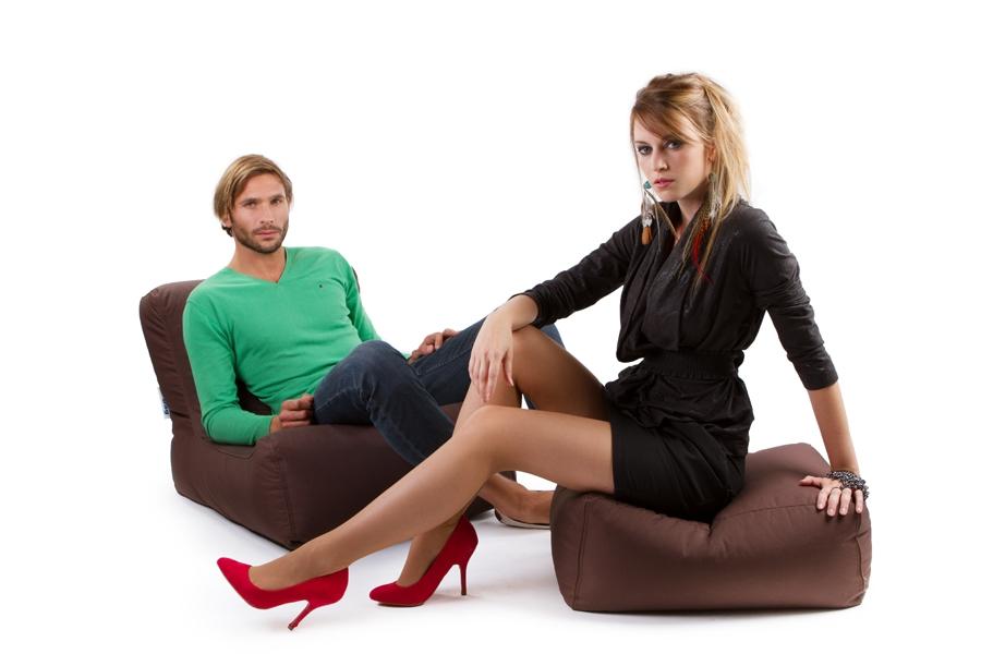 fauteuil pouf geant lazy avec repose pieds jumbo bag. Black Bedroom Furniture Sets. Home Design Ideas