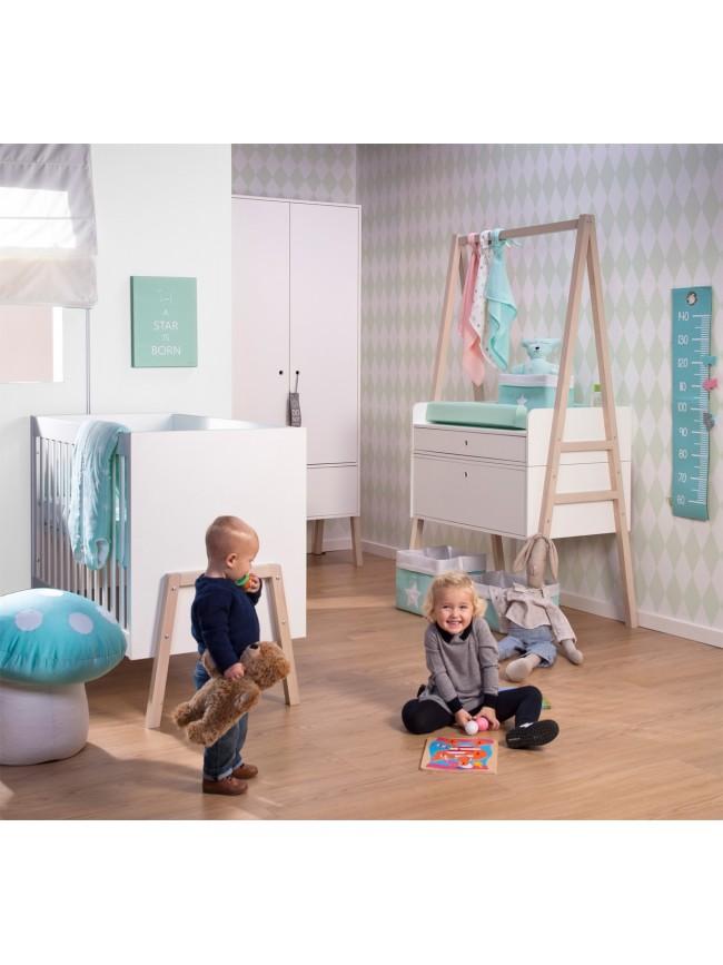Bureau enfant avec meuble de rangement et niche d co for Table a langer childwood