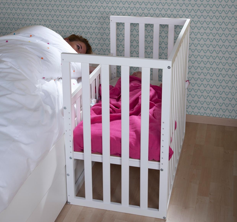 lit cododo pour b b en h tre dispo en 3 coloris childwood so nuit. Black Bedroom Furniture Sets. Home Design Ideas