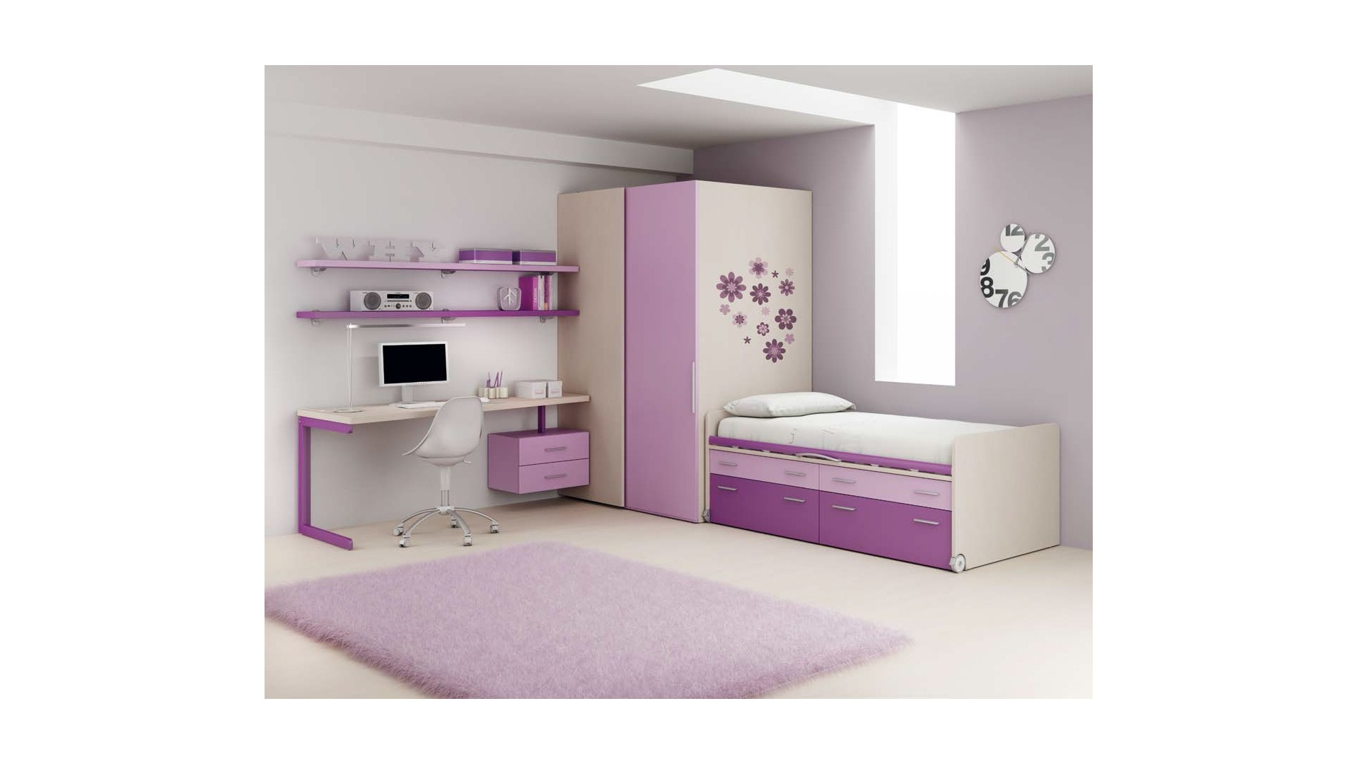 chambre fille pourvu d 39 un lit avec rangement moretti compact so nuit. Black Bedroom Furniture Sets. Home Design Ideas