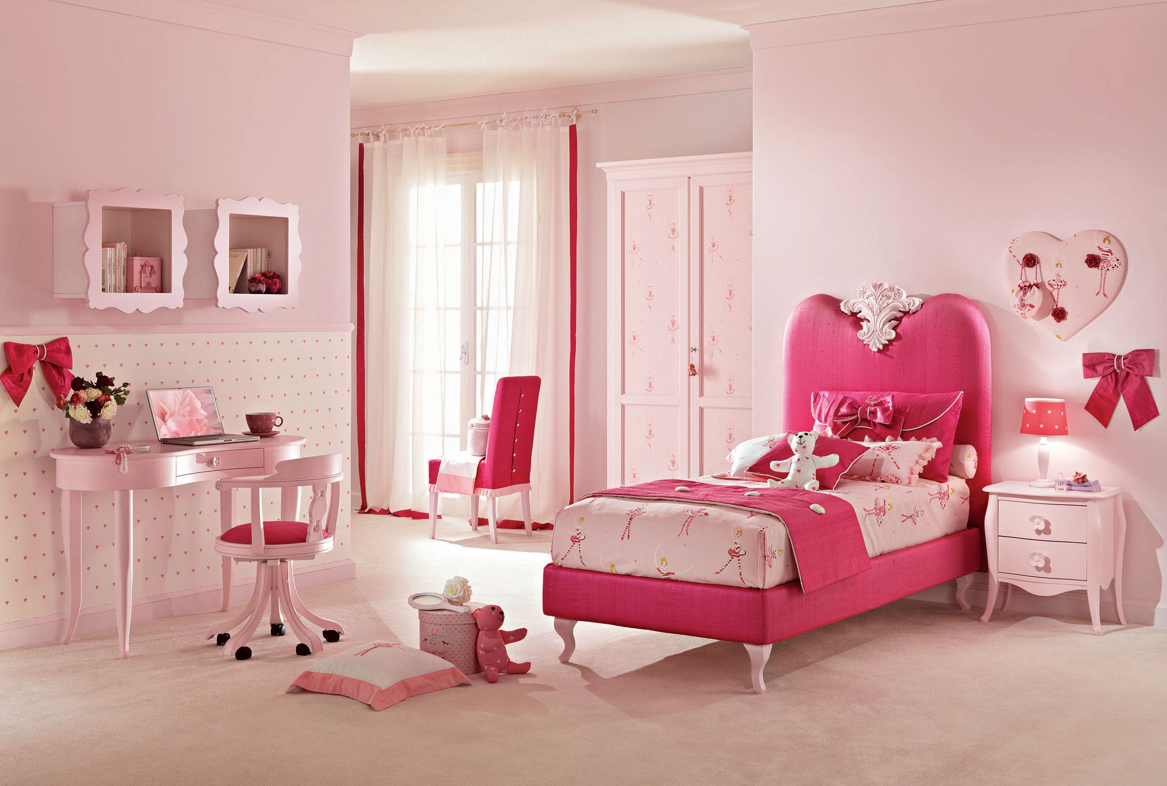 lit 1 personne couleur rose fushia rose pastel. Black Bedroom Furniture Sets. Home Design Ideas