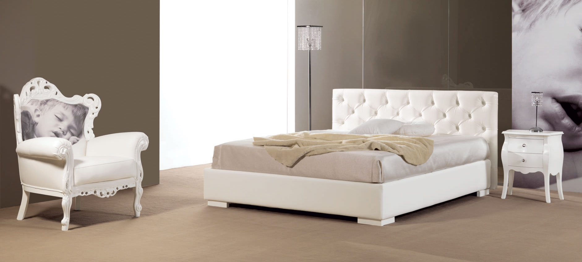 Lit double avec t te de lit capitonn simili cuir for Lit chambre adulte design