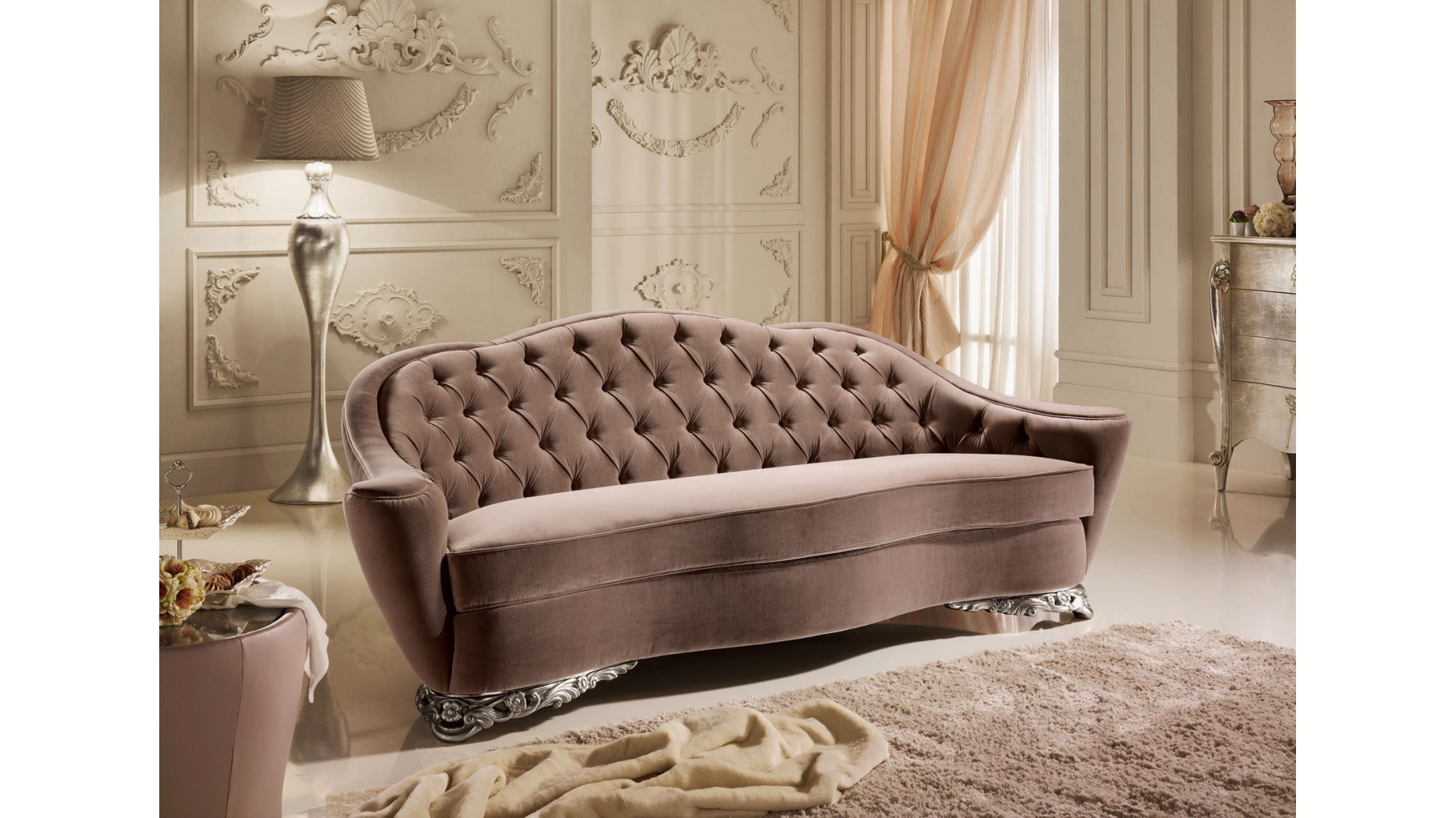 canap butterfly design unique en velour taupe piermaria so nuit. Black Bedroom Furniture Sets. Home Design Ideas
