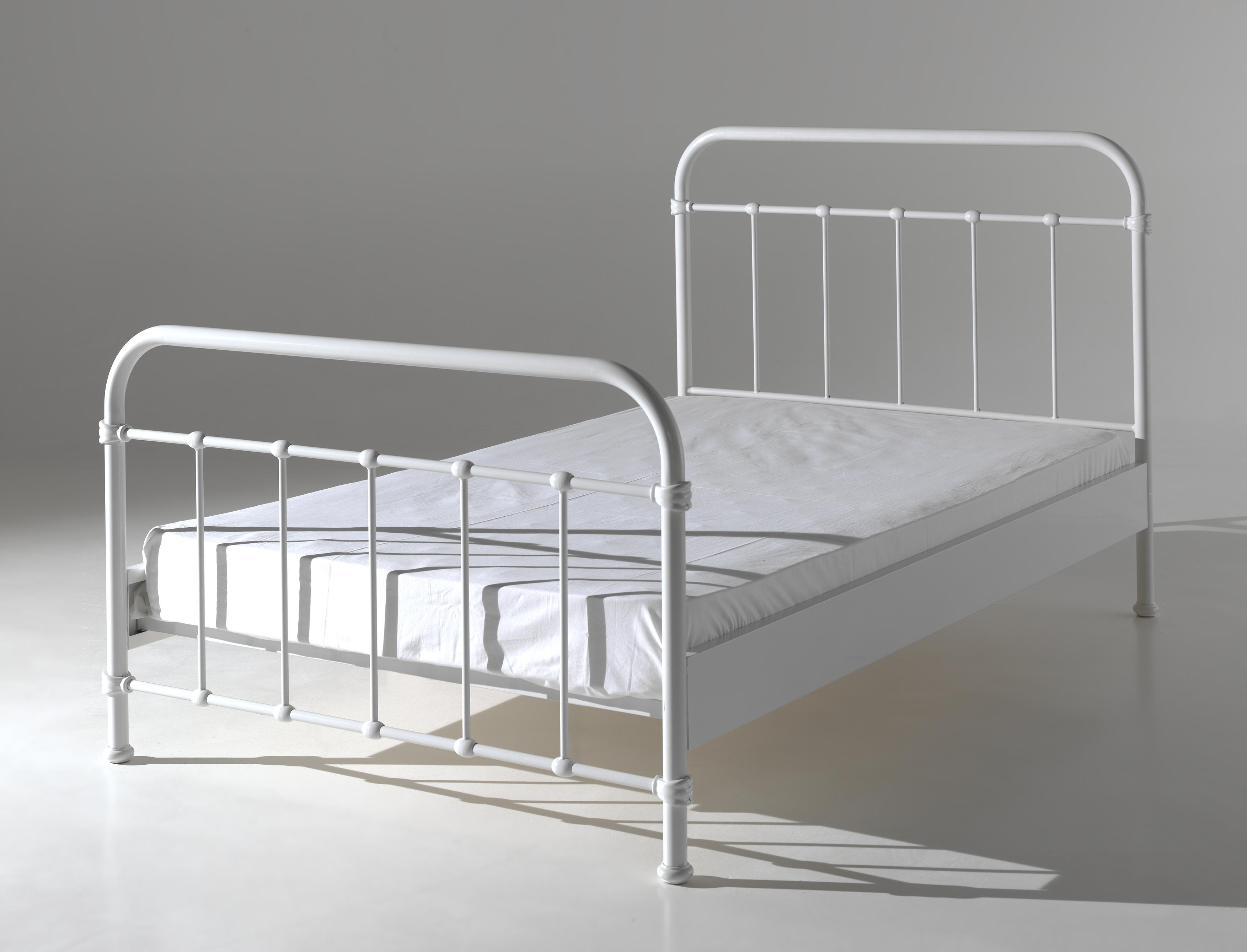 lit en m tal london pour un style industriel de 120 x 200 so nuit. Black Bedroom Furniture Sets. Home Design Ideas