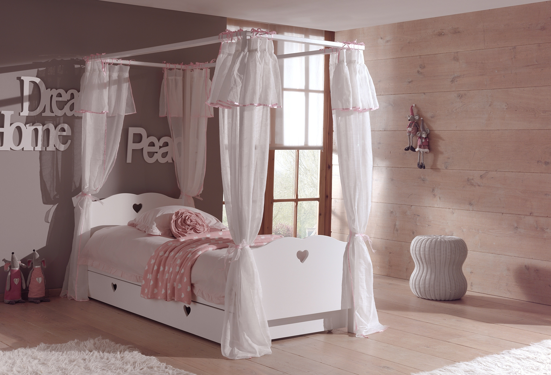 lit baldaquin enfant so romantique de la chambre emilie so nuit. Black Bedroom Furniture Sets. Home Design Ideas