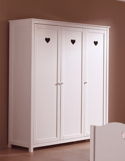armoire fille de la chambre emilie au style romantique so nuit. Black Bedroom Furniture Sets. Home Design Ideas