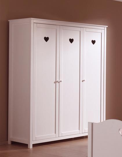 Lit chambre fillette emilie pour un style romantique so nuit - Armoire style romantique ...