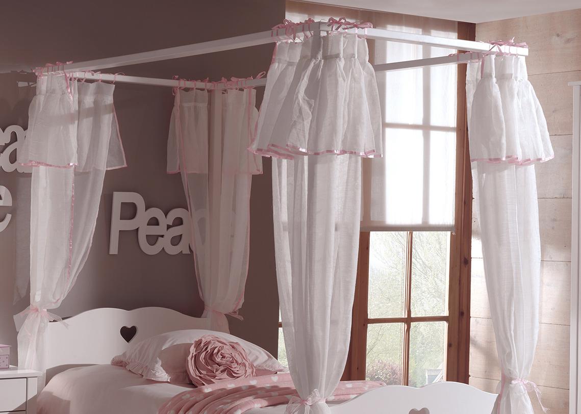 voilage pour lit baldaquin sheer ideas ciel de lit. Black Bedroom Furniture Sets. Home Design Ideas